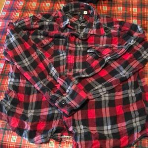 Size large flannel